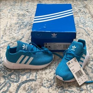 BRAND NEW Adidas swift run sneakers for Toddler